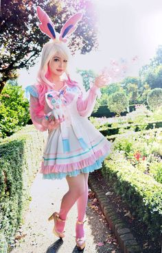 Find images and videos about kawaii, cosplay and pokemon on We Heart It - the app to get lost in what you love. Cosplay Pokemon, Sylveon Cosplay, Pokemon Costumes, Cosplay Anime, Epic Cosplay, Cute Cosplay, Cosplay Dress, Amazing Cosplay, Cosplay Outfits