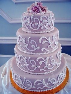 This is gorgeous!! Especially for a purple themed wedding.
