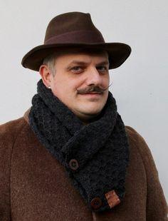 Sciarpa scalda collo lana uomo bottoni eleganti #italiasmartteam #etsy