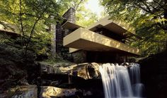 Frank Lloyd Wright, Edgar Kaufmann House-Fallingwater, Organic architecture - Frank believed in make works of art part of the surrounding environments which he had accomplish many time over and this is just one of his many works. Frank Lloyd Wright Buildings, Frank Lloyd Wright Homes, Architecture Cool, Organic Architecture, Contemporary Architecture, Pavilion Architecture, Contemporary Homes, Residential Architecture, Landscape Architecture