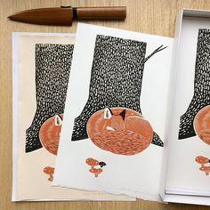 I am reducing price on this print till the end of November, so that you can take this bad bad month a bit easier. These are lovely and crispy prints in two price versions. Code: NOVEMBERCHILLIN for 20% off on Fox prints! 🐺 Have an awesome weekend folks! . #fox #sleepingfox #animalart #zen #minimalism #interiordecor #walldecor #printmaker #reliefprint #linocut #get_imprinted #grafikawarsztatowa #structures #mimimal #zuza_misko #ateliermisko #sztukapodchoinke #mikołajprzynosisztuke…
