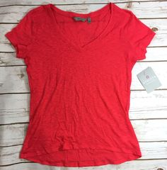 NWT Athleta Daily Tee Coral Quest Womens Small Short Sleeve V-Neck Top NEW Flaw  | eBay