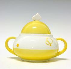 Sugar cup by Nora Gulbrandsen for Porsgrund Porselen. In production between Model nr 1865 Decor nr 5837 Sugar Bowl, Scandinavian Design, Tea Pots, Yellow, Tableware, Model, Decor, Art Deco, Kaffee
