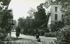 "Militair Neven Hospitaal  aan de Springweg (1811 - 1990) Sinds 1999 ""Grand Hotel Karel V"""