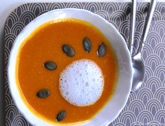 Pumpkin and pepper soup, Asia flavor, dairy free