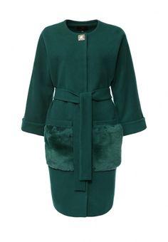 Пальто свободного силуэта Grand Style выполнено из драпа с большим содержанием шерсти и добавлени...