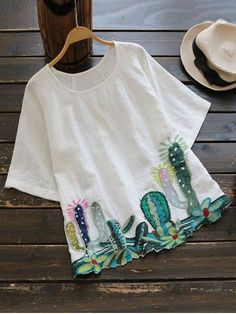 Round Collar Cacti Embroidered Blouse - WHITE ONE SIZE