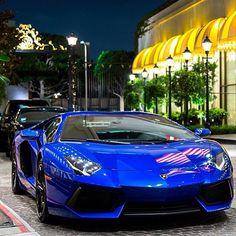 Beautiful Blue Aventador