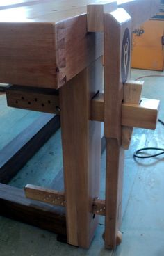 Wedge Powered Leg Vice that Works. - by shipwright @ LumberJocks.com ~ woodworking community