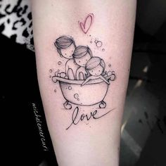 15 Placement Ideas for the Perfect Mom Tattoo; - 15 Placement Ideas for the Perfect Mom Tattoo; 15 Placement Ideas for the Perfect Mom Tattoo; Mutterschaft Tattoos, Mama Tattoos, Baby Feet Tattoos, Mädchen Tattoo, Mother Tattoos, Shape Tattoo, Black Ink Tattoos, Rose Tattoos, Tank Tattoo
