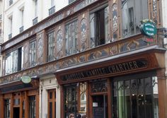 Another gorgeous building - they're everywhere! Paris, Provence, City, Building, Image, Love, Montmartre Paris, Provence France, Buildings