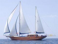 Crewed yacht Bonaventura-Dubrovnik Croatia