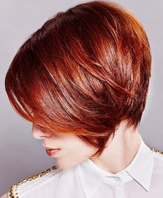 This article about red bob hair and these Red Bob Hairstyles will be great for you. Short Hairstyles 2015, Short Haircuts With Bangs, Girl Haircuts, Trendy Haircuts, Haircut Short, Layered Hairstyles, Haircut Bob, Classic Hairstyles, Shaved Hairstyles