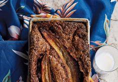 Recipe: Moist, chocolatey cake disguised as banana bread. Plus, mascarpone! Chocolate Banana Bread, Homemade Banana Bread, Peanut Butter Chocolate Bars, Chocolate Desserts, How To Make Bread, Food To Make, No Bake Desserts, Dessert Recipes, Cake Calories