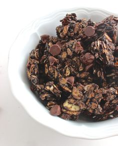 Skinny Double Chocolate Granola- a decadent and healthy treat with less than 200 calories per serving!