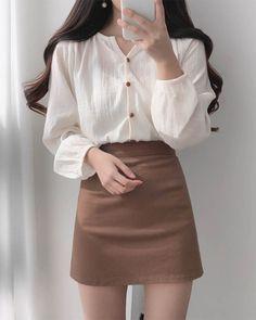 Korean Fashion Dress, Kpop Fashion Outfits, Korean Street Fashion, Ulzzang Fashion, Edgy Outfits, Korean Outfits, Mode Outfits, Cute Casual Outfits, Simple Outfits