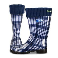 Seahawks rainboots!! Need.