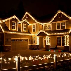 Our favorite outdoor Christmas light ideas include adding roof lights to your holiday display! Popular Christmas roof lights include C9 bulbs and icicle lights. #christmasdecor Exterior Christmas Lights, Christmas Lights Outside, Hanging Christmas Lights, Christmas Light Displays, Christmas House Lights, Decorating With Christmas Lights, Outdoor Christmas Decorations, Holiday Lights, Light Decorations