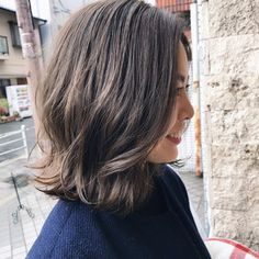 Short Dark Hair, Long Hair With Bangs, Short Hair With Layers, Medium Hair Cuts, Medium Hair Styles, Short Hair Styles, Lob Hairstyle, Permed Hairstyles, Rachel Haircut