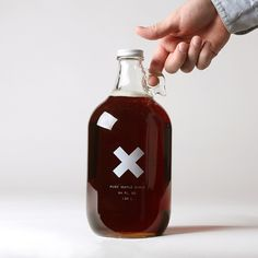"""Big Jug"" of Pure Organic Maple Syrup. Love the bottle design and I LOVE REAL maple syrup! Bottle Packaging, Food Packaging, Brand Packaging, Packaging Design, Simple Packaging, Pretty Packaging, Packaging Ideas, Label Design, Branding Design"