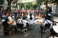 """Ponto de Cultura """"O som das comunidades"""" na Festa da Rua 2006"""