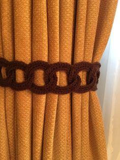 Crochet Curtian Tieback - 1 pair, chocolate by JinesCrafts on Etsy Crochet Mat, Crochet Rug Patterns, Crochet Basket Pattern, Crochet World, Easy Crochet, Drapery Styles, Crochet Placemats, Polymer Clay Ornaments, Crochet Curtains