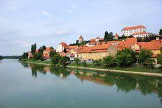 Slowenien bietet auf kleiner Fläche eine Vielzahl an Aktivitäten und Urlaubsangeboten. Jetzt Urlaubsinfos zu den Orten Ptuj, Piran und Portorož entdecken!