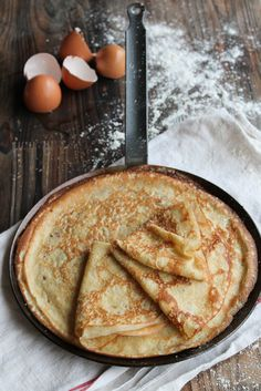 Archives des Pains, brioches & Co - Page 2 sur 5 - aime & mange Crepe Recipe Without Milk, Veggie Recipes, Sweet Recipes, Veggie Food, My Favorite Food, Favorite Recipes, Crepes And Waffles, Crepe Recipes, Pastry And Bakery