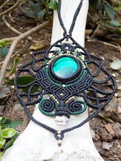 Sacré collier en macramé géométrie pièce Unique par MaMachavaya …
