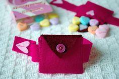 Valentine's Day Felt Heart Pocket Bracelet and Mini-Purse for Kids