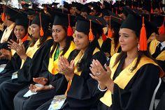 Dominicanas profesionales | Mujeres de Cotuí se preparan para superación