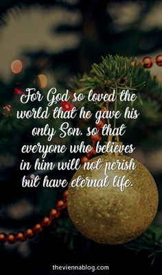 Ultimate collection of 50 Christmas qoutes and sayings to make you laugh, inspire, or remember. Including Christmas Card Message Tips. Best Christmas Quotes, Christmas Verses, Merry Christmas, Christmas In Heaven, Christmas Blessings, Christmas Wishes, Beautiful Christmas, Christmas Greetings, Christmas Crafts