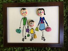 No photo description available. Stone Crafts, Rock Crafts, Diy And Crafts, Pebble Painting, Stone Painting, Pebble Art Family, Rock Sculpture, Mural Art, Stone Art