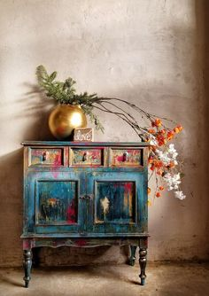 Marvelous Useful Ideas: Interior Painting Colors Revere Pewter interior painting techniques furniture.Interior Painting Schemes Whole House interior painting colors vintage. Funky Furniture, Paint Furniture, Furniture Projects, Furniture Makeover, Bedroom Furniture, Up Cycled Furniture, Rustic Painted Furniture, Furniture Price, Decoupage Furniture