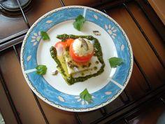 Pain   tomato   mozzarella   anchois    sauce  de  pesto    basilique   Gino D'Aquino