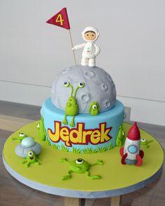 28+ Alien Cake