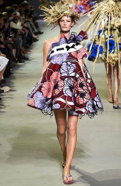 Trend: African wax prints van Vlisco bij Viktor&Rolf tijdens de Paris fashionweek - Famme - Famme.nl