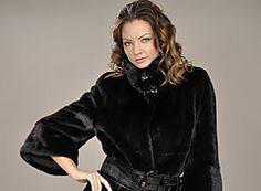 FINEZZA Furs is a fur manufacturer located in Kastoria fur capital of the fur world. Fur collections, Blackglama fur and fur coats in general are sold wholesale as well as retail in the Dubai store ιn the Dubai fur market. Fur Coats, Fur Fashion, Dubai, Greece, Web Design, Leather Jacket, Website, Lady, Collection
