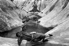 Love this front pose……...Shaolin Monks Training (18 pictures) | memolition
