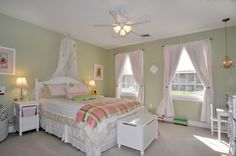 girl's bedroom - like the paint color and pink accents