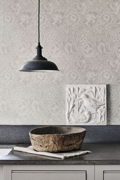 The wallpaper Pure Poppy - 216032 from William Morris is a wallpaper with the dimensions x m. The wallpaper Pure Poppy - 216032 belongs to the popular William Morris Tapet, William Morris Wallpaper, Morris Wallpapers, Floral Wallpapers, Grey Kitchen Wallpaper, Farmhouse Wallpaper, Trendy Wallpaper, Print Wallpaper, New Wallpaper