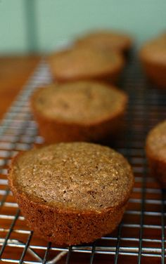 gluten-free whole grain muffins - Gluten Free Girl and the Chef Great article about how to combine various gluten-free flours