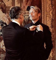 "Mads Mikkelsen and Thomas Vinterberg have been appointed Knight of the ""Ordre des Arts et des Lettres"""