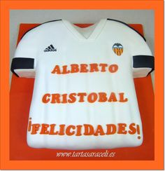 Los dos del Valencia, y los dos cumplen 8 añazos.#futbolclubvalencia