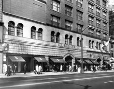 LLBerger - The company filed Chapter 11 bankruptcy in 1991. In the early 2000s the flagship store was renovated to be upscale apartments and commercial space.