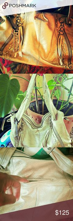 Makowsky leather handbag Makowsky Metallic leather handbag, Excellent condition, only used it a,few times, Gorgeous hardware.  Gorgeous bag Bags