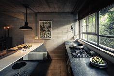Modern kitchen interior design inspiration bycocoon.com | sturdy stainless steel kitchen taps | kitchen design | project design & renovations | RVS keukenkranen | Dutch Designer Brand COCOON