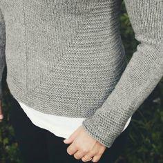 Loving the details of @dreareneeknits' White Pine sweater, knit in Lark. Pretty photo and knitting by @vasiliasophia.