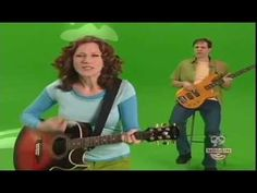 b-o-o-t-s sang by Laurie Berkner in jacks big music show on noggin