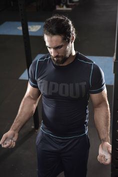 HQ Tapout Facebook Photo Seth Rollins putting in another hard workout! Push yourself this year